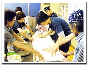 体験で知る中国 2010年7月14日 (作ってみよう水餃子)